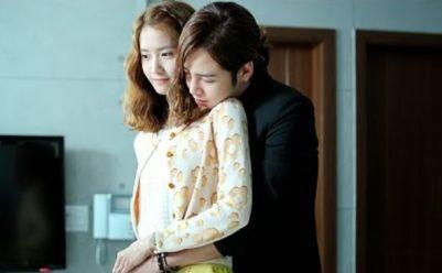 los-20-abrazos-mas-tiernos-de-los-doramas-coreanos (1)
