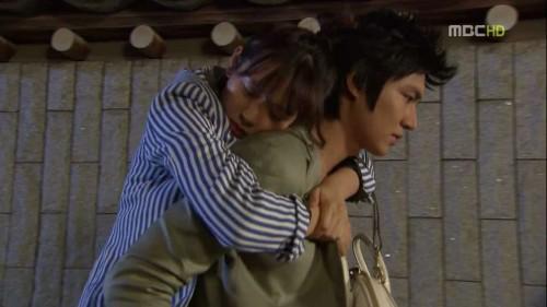 piggyback_drama_xiahpop-500x281